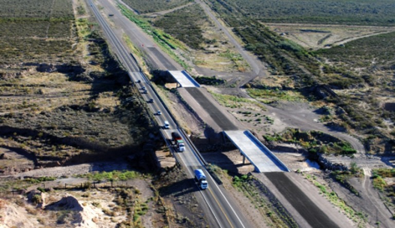 Resultado de imagen para autopista de San Juan a Mendoza