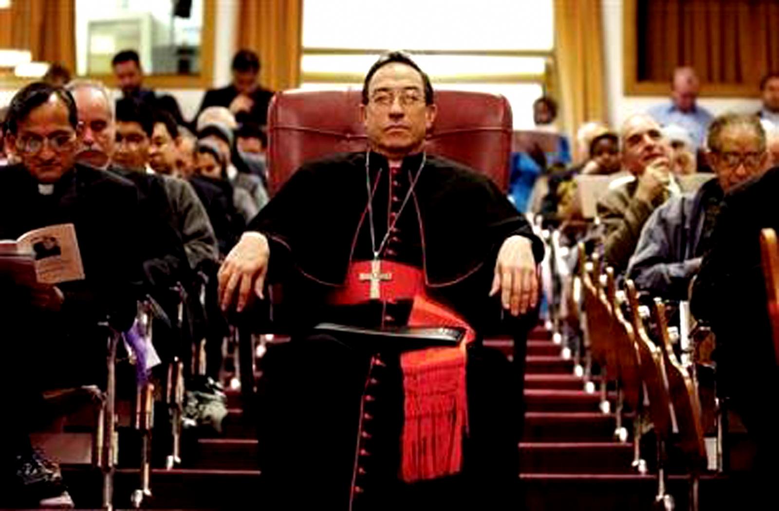 Revista italiana desnuda la corrupción del Cardenal hondureño Rodríguez Maradiaga