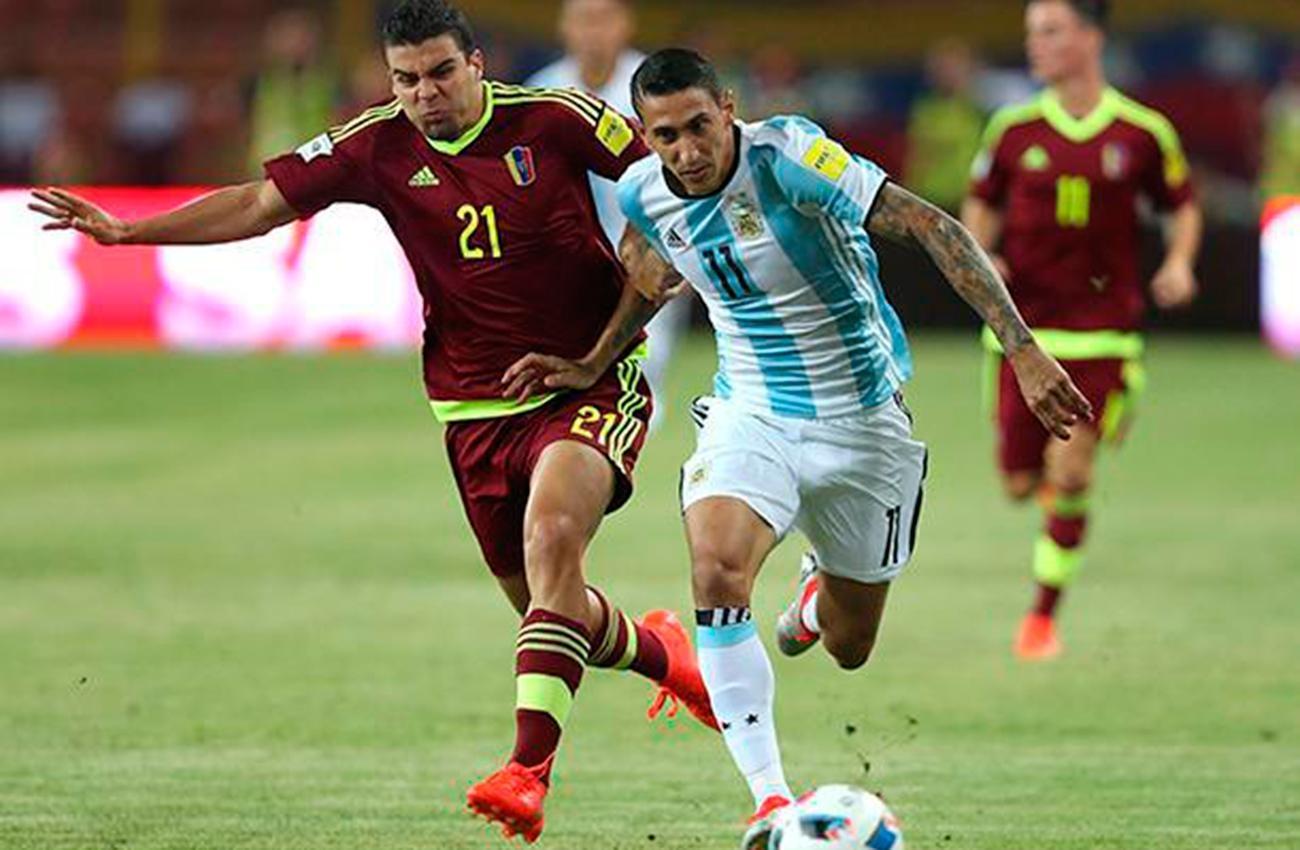 Argentina enfrenta a Venezuela con la obligación de acercarse al Mundial
