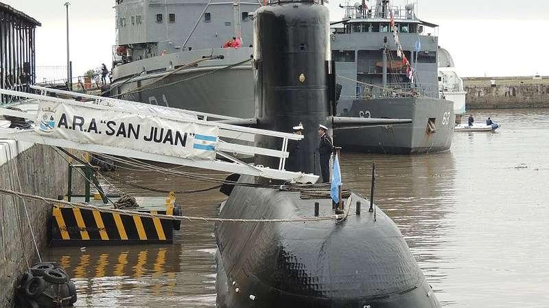 Atlantis y Puerto Argentino retornaron al puerto — ARA San Juan