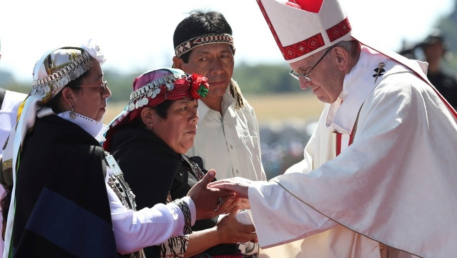 Papa viajó a Chile sin definir encuentro con las víctimas de abusos