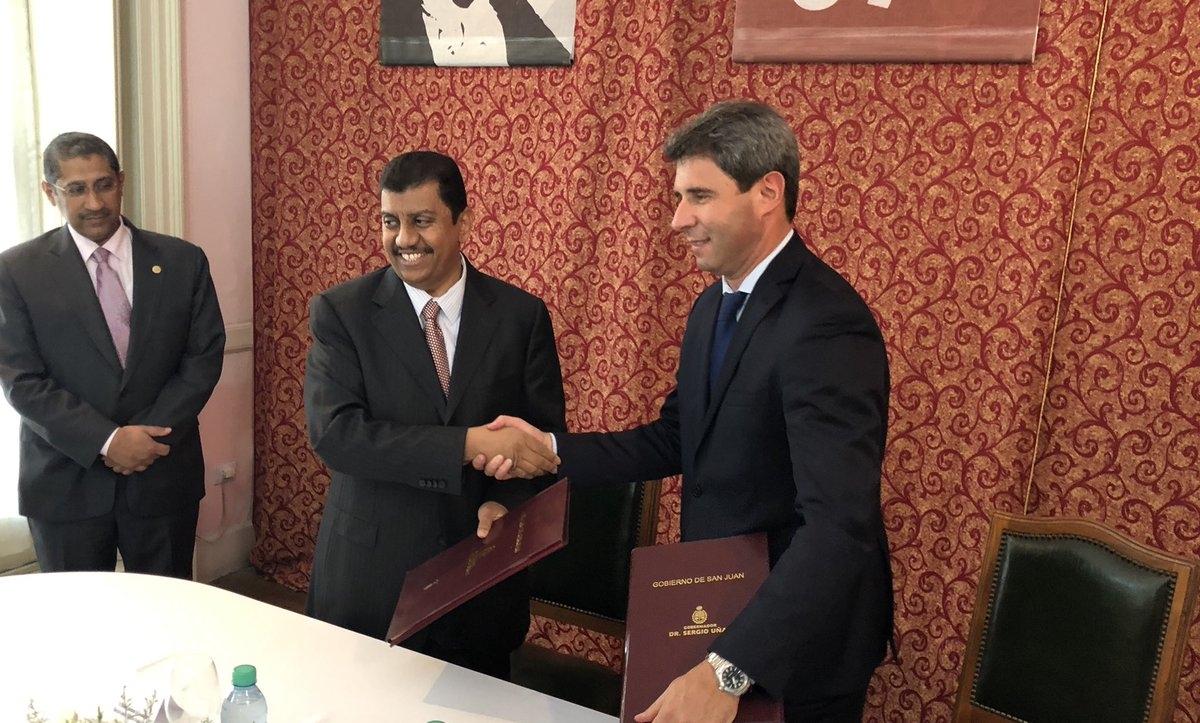 Uñac firmó acuerdo con kuwaitíes para construir el Acueducto Gran San Juan