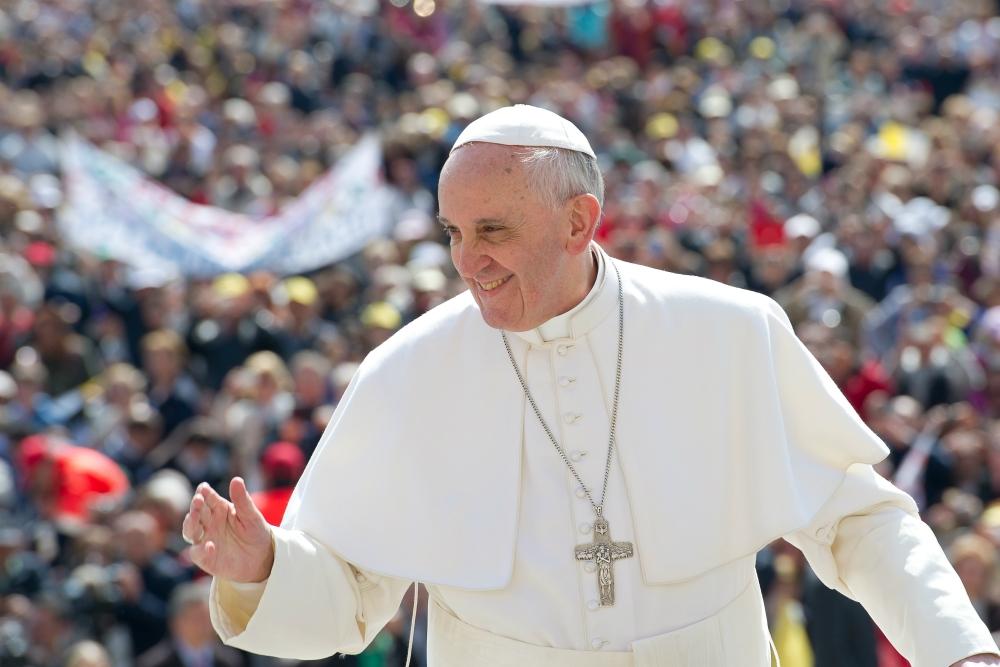 Francisco sobrevolará la Argentina y enviará un mensaje