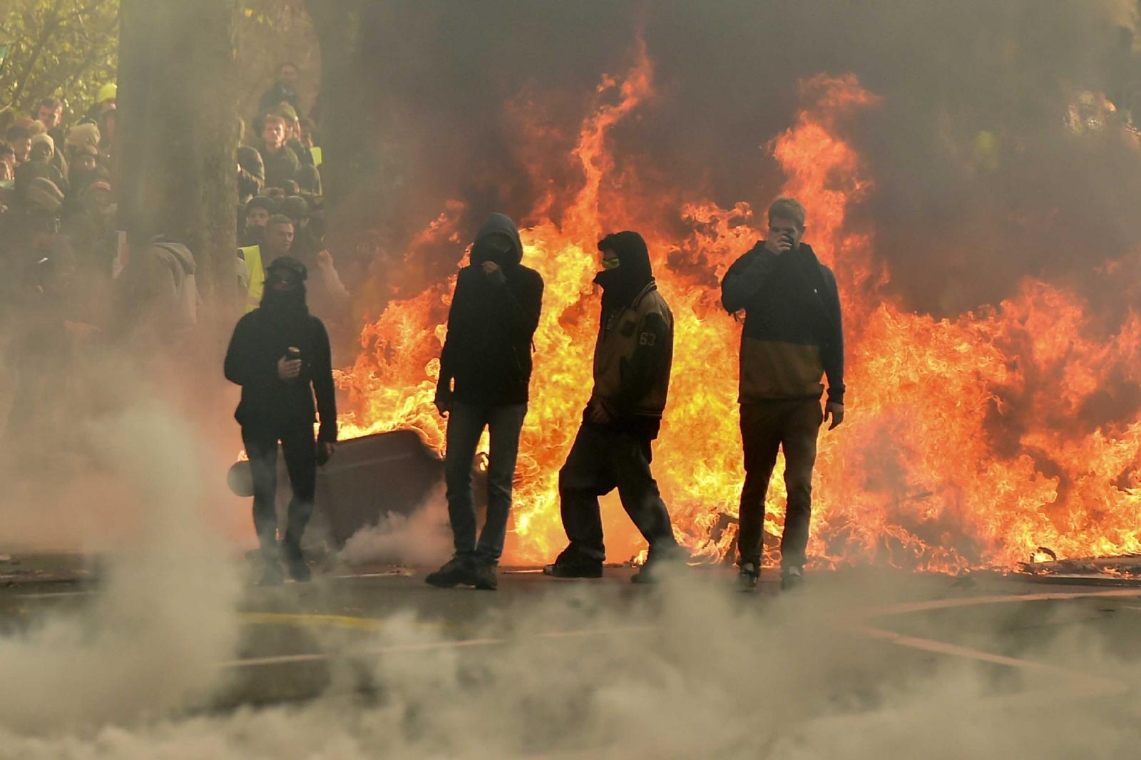 Resultado de imagen para protesta violenta