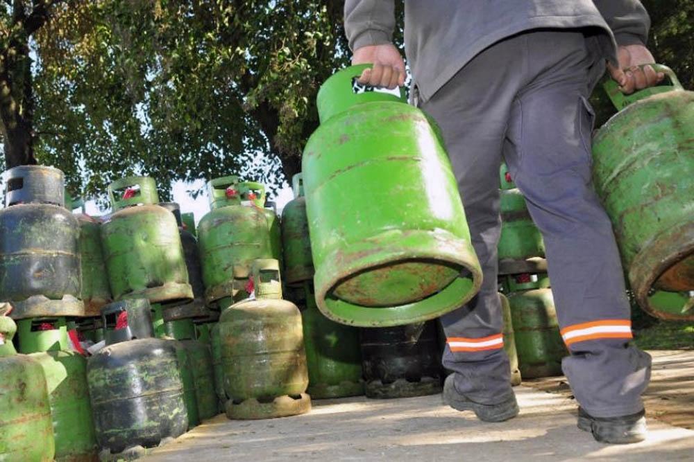 Aranguren anunciará un nuevo aumento en la tarifa del gas