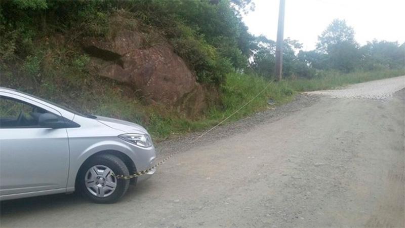 Tragedia en Brasil: turista argentina murió aplastada por auto que estaba empujando