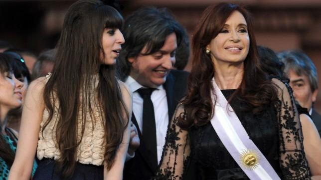 Procesan a Cristina Kirchner ya sus dos hijos — Caso Hotesur