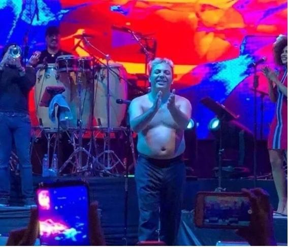 Cristian Castro irreconocible al hacer baile con unos kilos de más