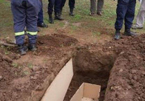 Familia desentierra a un muerto luego de soñar que estaba vivo