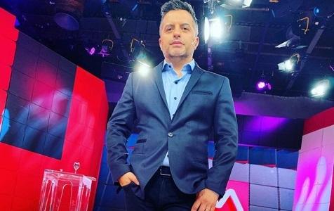 Ángel De Brito y Laurita Fernández conducirán el Cantando por un sueño