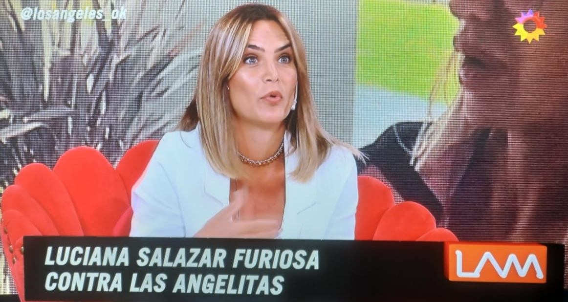 Fuerte cruce tuitero entre Luciana Salazar y Connie Ansaldi