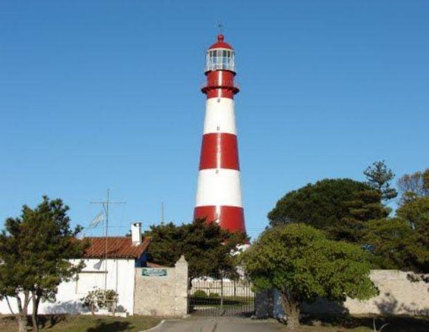 El Faro de Punta Mogotes fue declarado de Interés Cultural de la ... - Diario La Provincia SJ