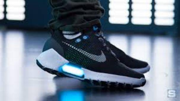 Habitar mirar televisión pegamento  HyperAdapt 1.0, las zapatillas Nike que se atan solas | Diario La Provincia  SJ