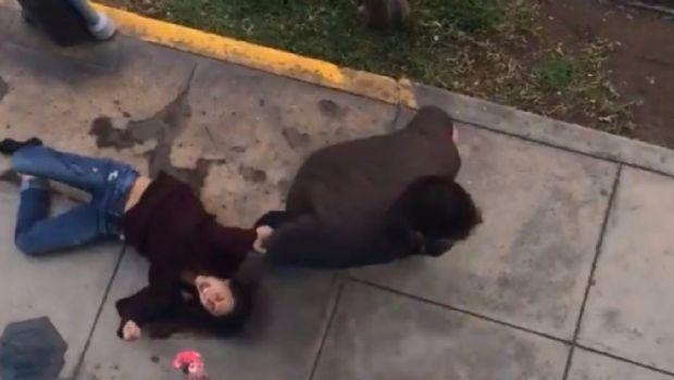 Brutal agresión: le puso un cuchillo en el cuello a su novia y la arrastró por la calle