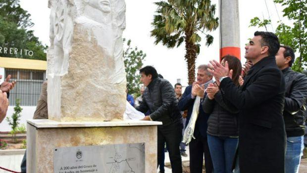 Con la inauguración de un monolito, Chimbas fue protagonista de una de las 5 postas de Cabot