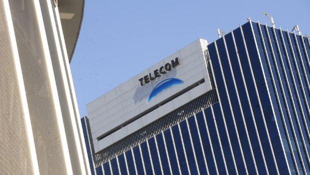 Telecom absorbió a Personal y dos empresas más