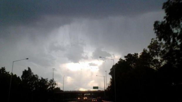 Protección Civil emitió un alerta meteorológico por vientos y tormentas
