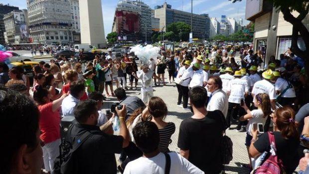 Turistas y porteños atrapados por la alegría del Carnaval de Chimbas
