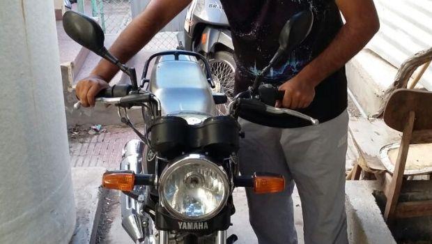 Los contactaron por facebook y los detuvieron por la venta de motopartes y motocicletas