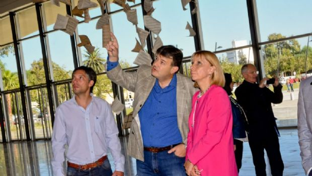 Autoridades del Teatro Colón visitaron el Teatro del Bicentenario