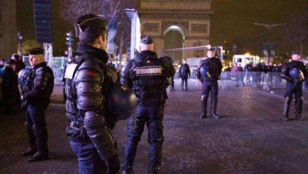 Conmoción en París por un enfrentamiento con dos muertos