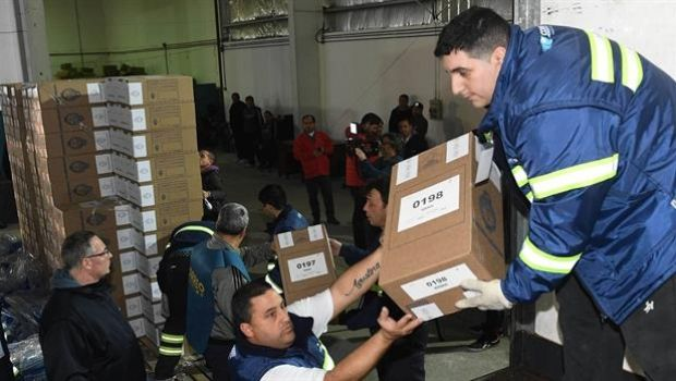 PASO: empezó la distribución de urnas en los grandes centros urbanos