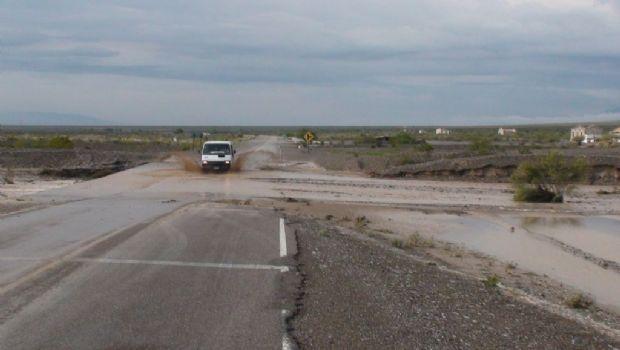 Erosiones y crecidas entre San Juan y Mendoza provocaron un corte total de Ruta 149