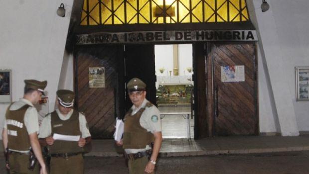Atacaron una iglesia en Chile y dejaron un duro mensaje al Papa