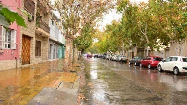 Alerta meteorológico por lluvias y tormentas en el arranque de fin de semana