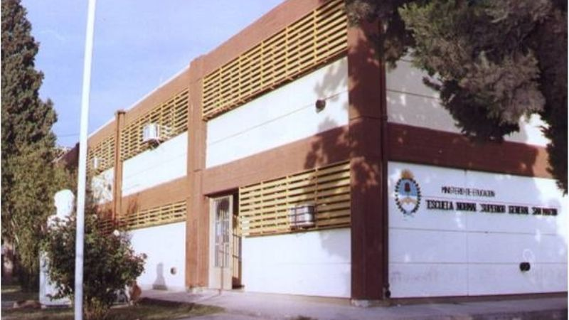 La Escuela Normal Superior General San Martín convoca a inscripción para interinatos y suplencias