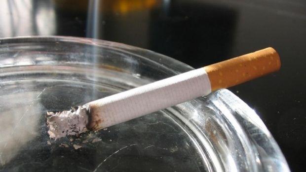 Según un estudio, restos de tabaco permanecen meses en una habitación