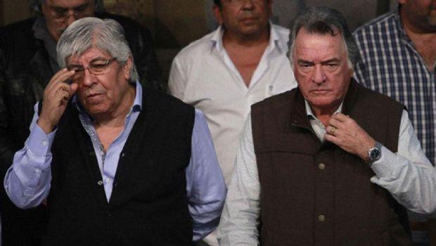 Luis Barrionuevo se aleja de la protesta de Moyano y se acerca al Gobierno