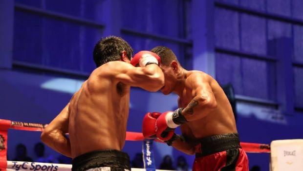 En la previa de la pelea de Román, varias competencias calentaron el cuadrilátero