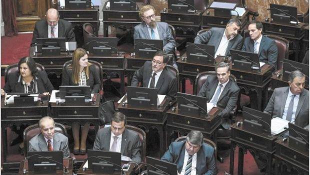 Comienza el debate para bajar las tarifas en el Senado
