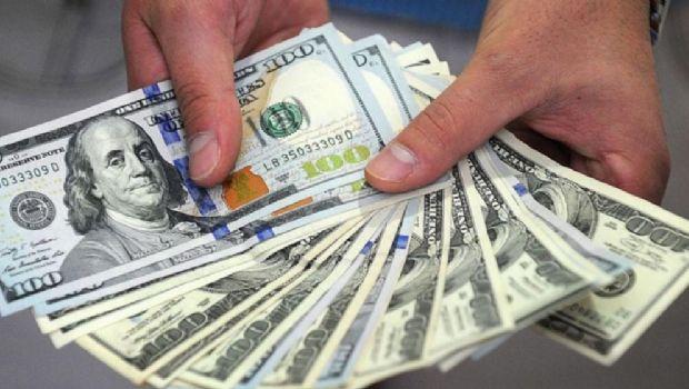 Récord: Tras el cambio en la Dirección del BCRA el dólar volvió a subir y rozó los $29
