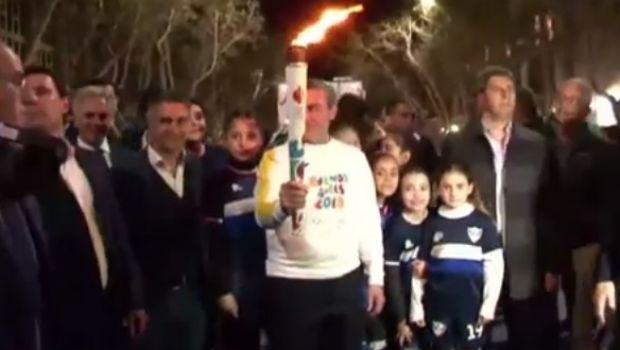 La Antorcha Olímpica ya recorre San Juan y cientos de personas fueron testigos de la largada