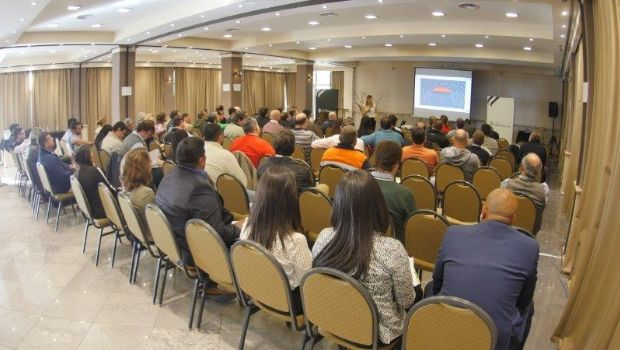 Minera Andina del Sol organizó una conferencia sobre programas de transparencia destinada a proveedores mineros