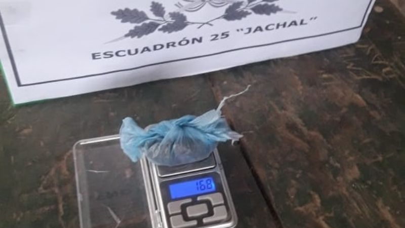 Un hombre quedó detenido en Mogna por llevar marihuana en el calzoncillo