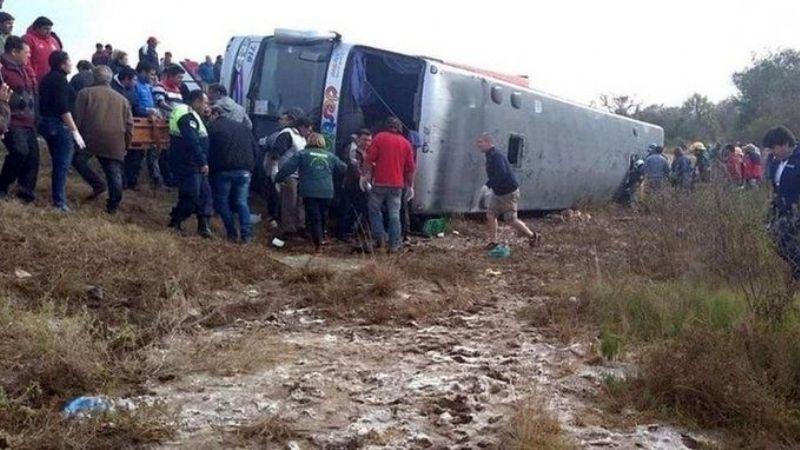 El colectivo del vuelco con 13 muertos en Tucumán es de una empresa sanjuanina