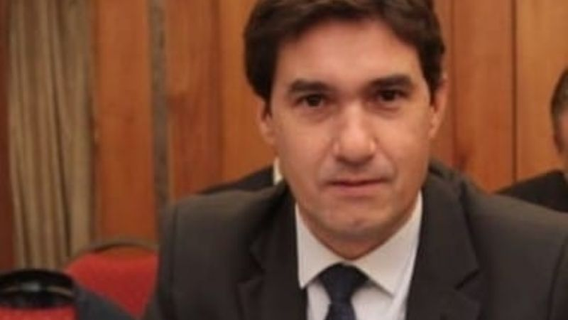 Renunció el director del Registro Civil, Mario Parra