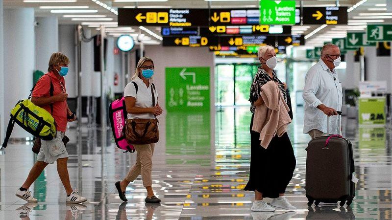 Líneas aéreas advirtieron que varados en el exterior demorarían hasta 5 meses en regresar